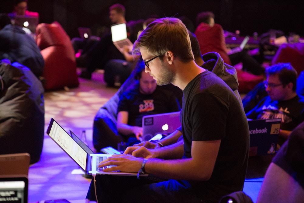 laptop-party